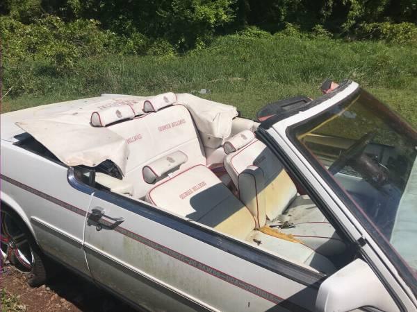 Photo Georgia Bulldog tailgate car. - $6000 (Elberton)