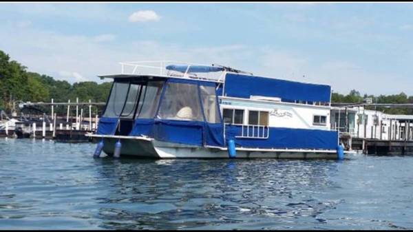 Photo Houseboat For Sale - $7,500 (Hartwell)