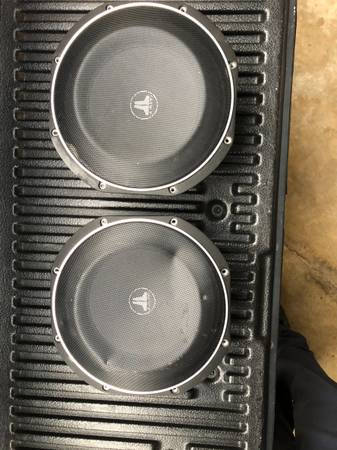 Photo JL AUDIO 10 Inch Thin-Line Woofers - $240 (Athens)