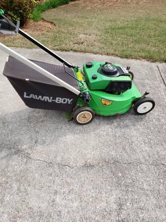 Photo M Series Lawn Boy Mower - $150 (Commerce)