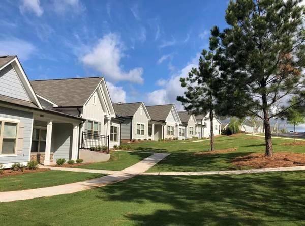 Photo The Cottages at Ridge Pointe Apartments (Athens, GA)