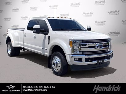 Photo Used 2017 Ford F450 Lariat for sale