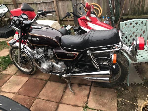 Photo 1981 Honda cb750k - $1,200 (Portsmouth)