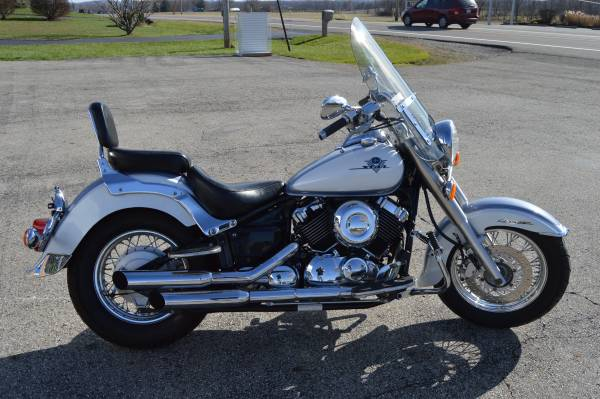 Photo 2002 Yamaha VStar 650 Classic with only 15,511 miles - $2,195 (hebron)