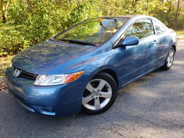 Photo 2006 HONDA CIVIC COUPE WITH 154K FOR SALE - $3,500 (COLUMBUS OH)