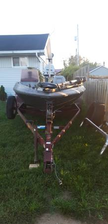 Photo Bass boat for sale or parts - $500 (Waverly)