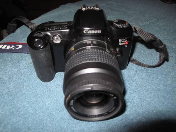 Photo Canon Rebel EOS 2 FILM camera - $25 (Gahanna)