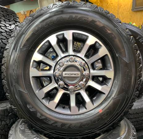 Photo Ford F-250 F-350 18 inch wheels with Goodyear AT tires - $1,350 (Owingsville)