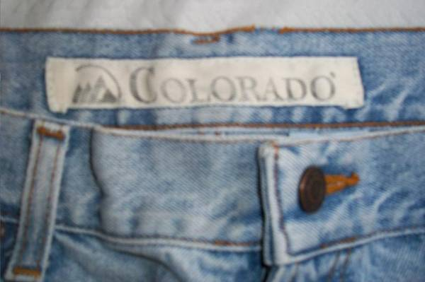 Photo MENS JEANS 36 x 30 - $8 (SHORT NORTH)