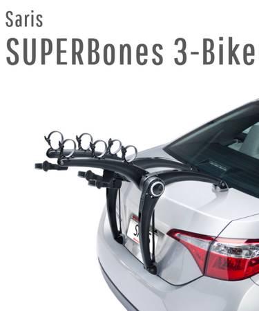 Photo Saris Superbones 3-bike rack with integrated lock. Like new - $200 (Pickerington)