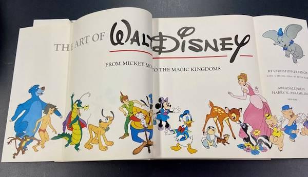 Photo The Art of Walt Disney - $25 (Worthington)