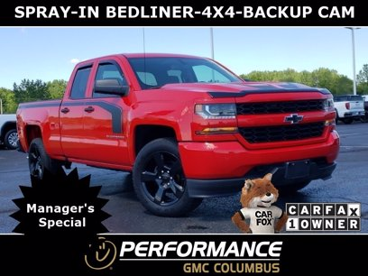 Photo Used 2017 Chevrolet Silverado 1500 4x4 Double Cab Custom for sale