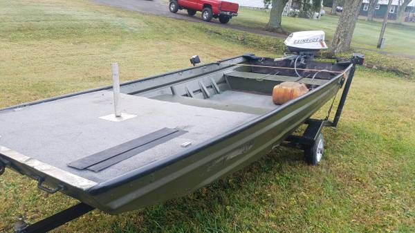 14ft Flatbottom Jon Boat - $1300 (Blue Ridge) | Boats For Sale