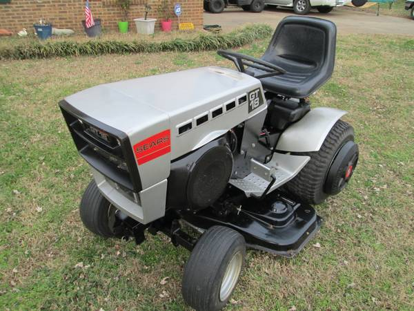 Photo 1978 Sears GT18 for Lawn Tractor Collectors - $1500 (Nashville)