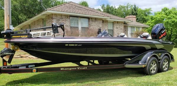 Photo 2010 Ranger Z520 - $37,000 (Chelsea Ok)