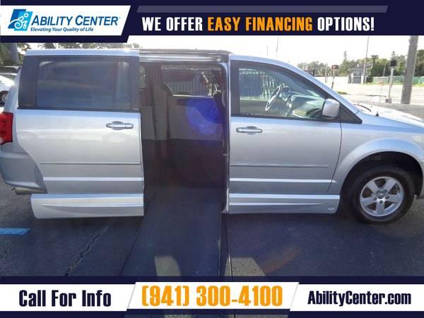 Photo 2012 Dodge Grand Caravan SXT VanMinivan in EXCELLENT Condition - $24,000 (5611 S. Tamiami Trail, Sarasota, FL 34231)