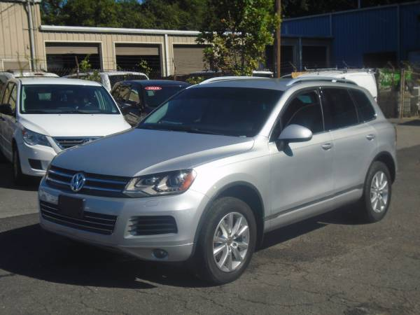 Photo 2014 VW TOUAREG $3,700 CASH DOWN IS YOUR CREDIT - $14,999 (APPROVAL BASED ON DOWN PAYMENT NOT CREDIT )
