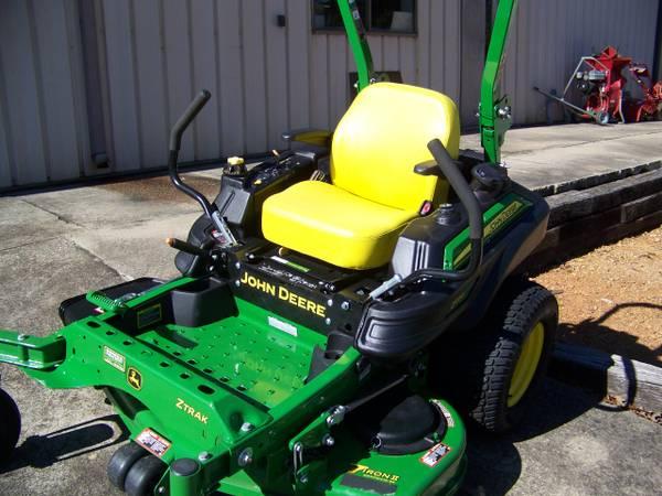 Photo 2018 John Deere Z915E commercial mower w54 inch deck - $6499 (Douglasville , Ga)