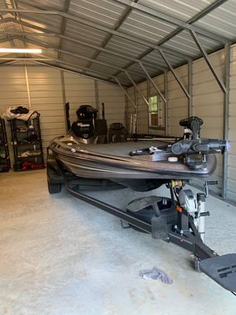 Photo 2018 Skeeter FX20 Bass Boat - $55,000 (Gainesville Ga)
