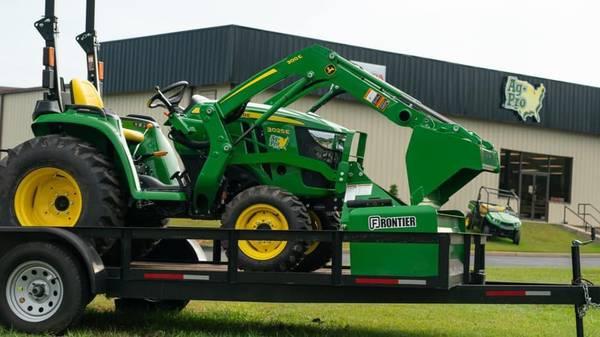 Photo 2020 John Deere 3025E Tractor Package - $22,199 (CALL JONATHAN 678-245-9738)