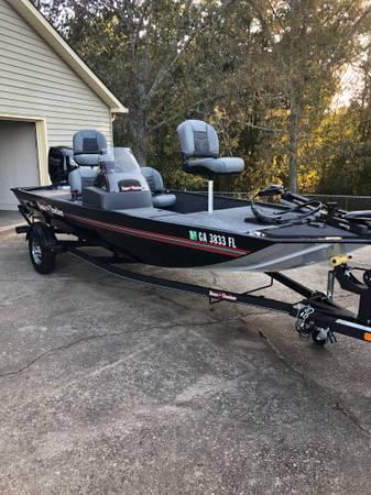 Photo 2021 Bass Tracker Classic XL - $13,300 (Gainesville)