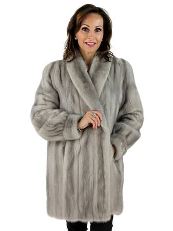 Photo Avanti blue iris mink silver fox like new - $400 (johns creekoffer)