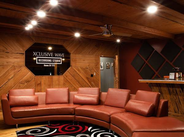 Photo Busy recording studio for sale over 300  clients - $65,000 (ta)
