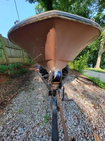 Photo Chris-Craft 17ft Lance, Vintage cash or trade.boat, trailer, outboard - $3,000 (Gainesville GA)