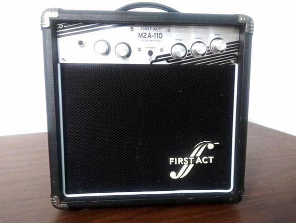 Photo First Act M2A-110 Electric Guitar Amp - $40 (Dacula, Ga.)