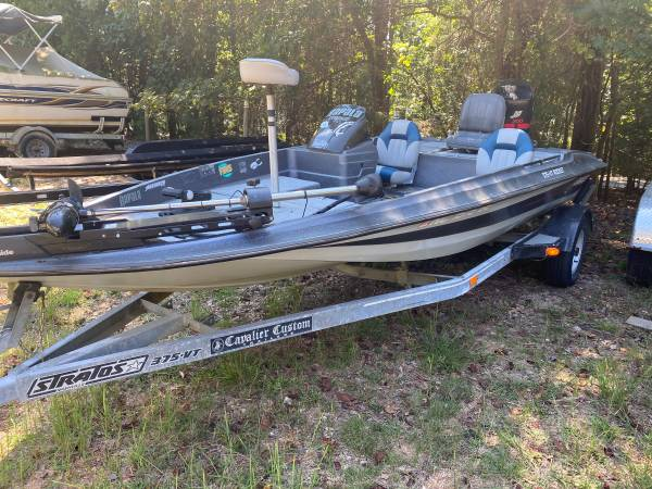 Photo Great Deal On Bass Boat - $4,500 (Flowery Branch)