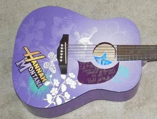 Photo Hannah Montana Guitar. Disney By Washburn, Excelent condition - $60 (Dacula, Ga.)
