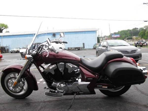 Photo Honda VT1300CTA Interstate - $4,500 (Covington)