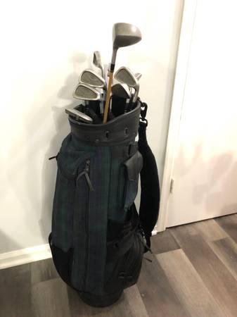 Photo King Cobra Golf Set w Bag - $100 (Duluth)
