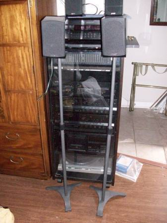 Photo Klipsch Take Classic 5 pack speakers  klipsch S-10.3 subs and stands (Atlanta)