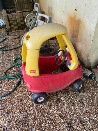 Photo Little Tikes Kids Ride  Rescue Cozy Coupe FREE (MARIETTA)
