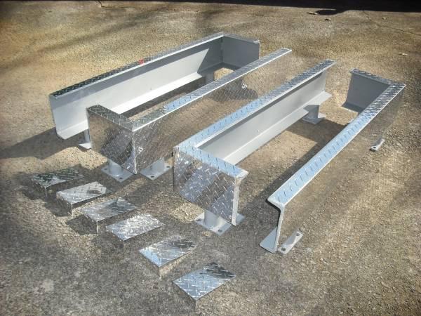 Photo Lot Steel Guard Rail Barrier Curb Platform Protector Diamond Plate - $100 (Dunwoody)