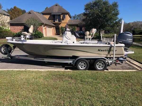 Photo NauticStar 215 XTS Bay Boat - $52,000 (Baton Rouge)