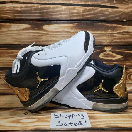 Photo Nike Mens Size 9.5 Air Jordan Big Fund Premium Basketball Shoes - $75 (Mcdonough)
