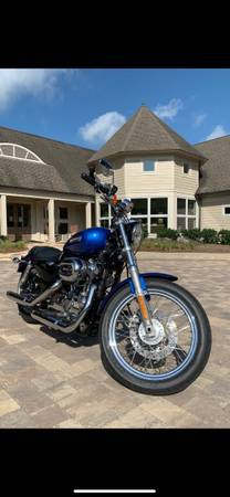 Photo REDUCED BEAUTIFUL 2011 HARLEY DAVIDSON 1200 SPORTSTER - $4,100 (Roswell)