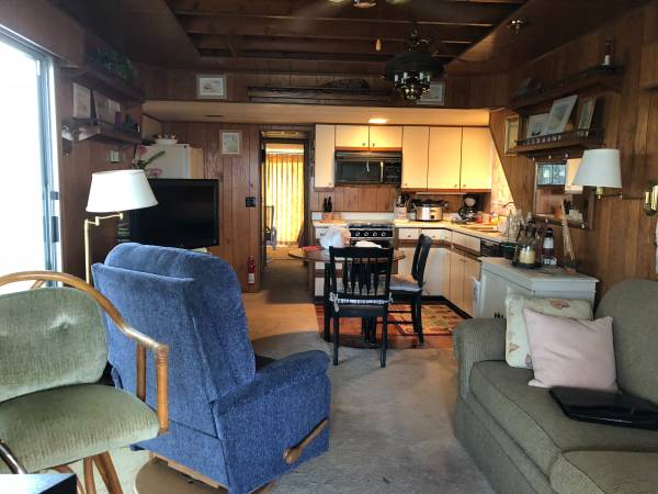 Photo Sumerset Wide Body Houseboat - $89,900 (Gainesville)