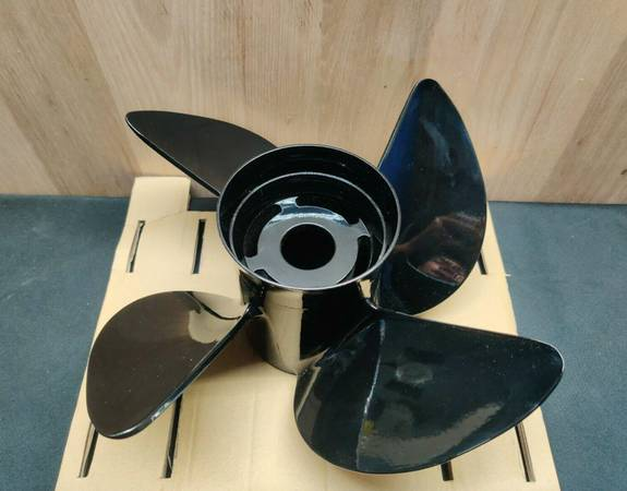 Photo Turning Point Hustler Aluminum Right-Hand Propellers LE1-LE2 13x19 - $85 (Cumming)