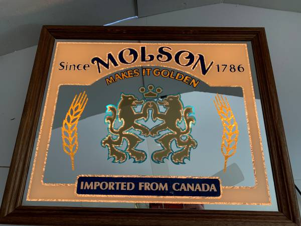 Photo Vintage Really Nice Molson Back Lighted Mirror Sign - $60 (lawrenceville)