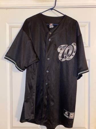 Photo Washington Nationals Jersey by Majestic, Extra Extra Large Tall - $35 (East Cobb)