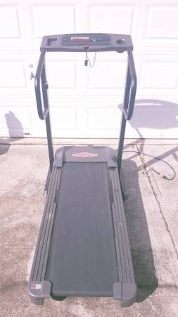 Photo Weslo Cadence TS310 Treadmill Works Great $80 OBO - $80 (Lawrenceville)