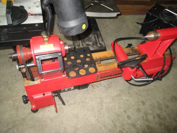 Photo Wood Lathe, Turncraft, 5 speed - $350 (Winder)