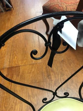 Photo Wrought Iron Chair - $29 (Acworth, GA)