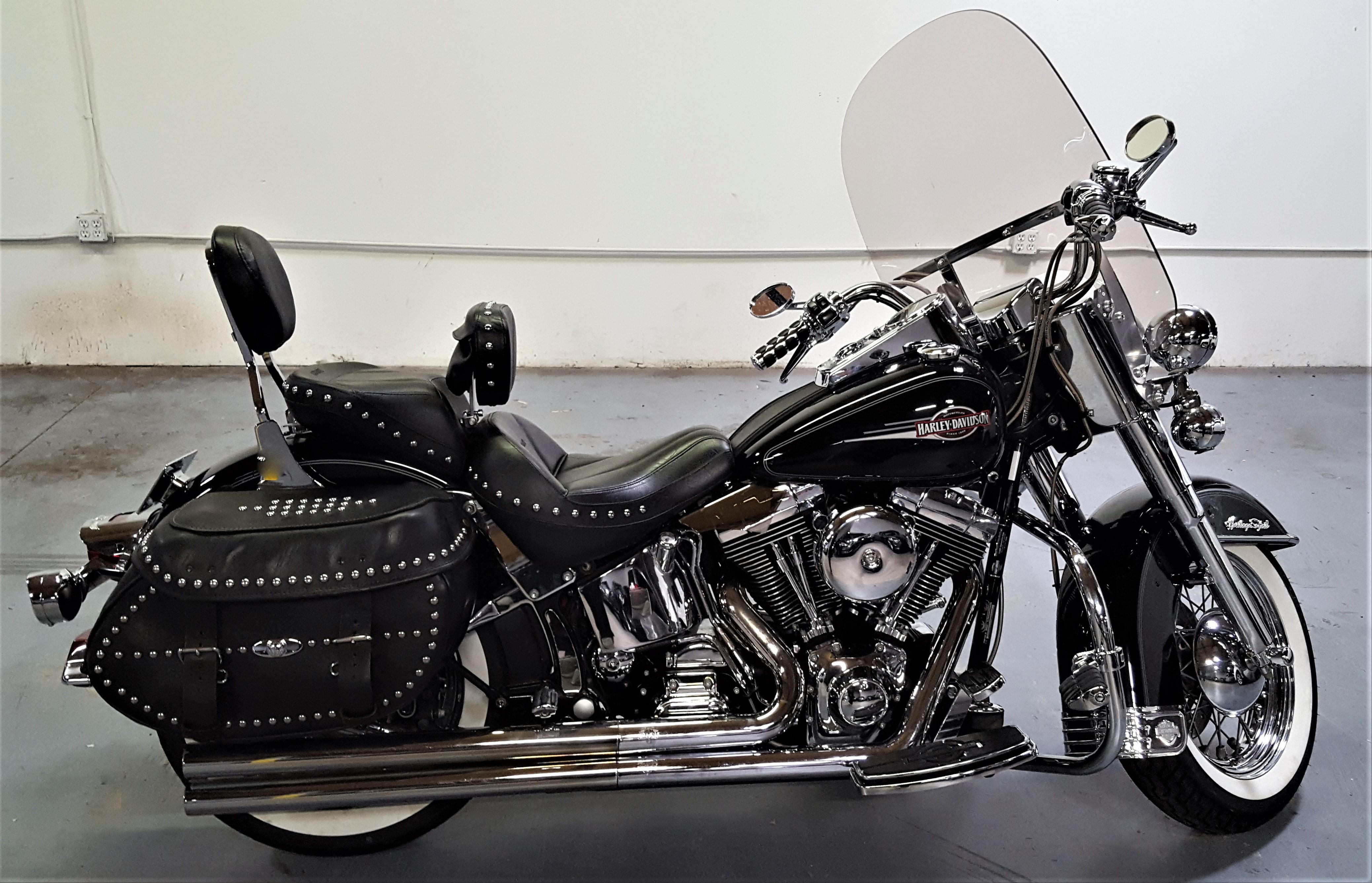 Photo 2001 Harley-Davidson HERITAGE SOFTAIL CLASSIC $5999151.77151.77