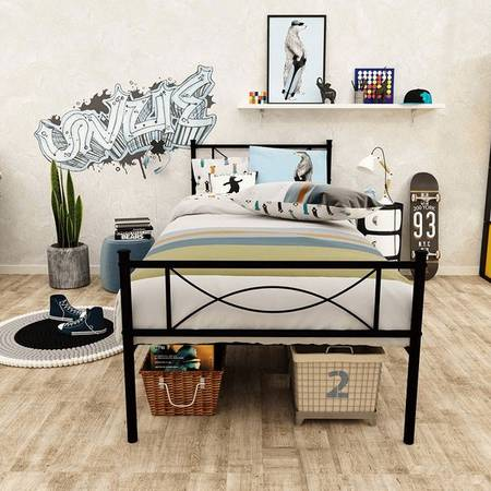 Photo brand new sturdy twin size bed frame in black metal - $140 (Chamblee)