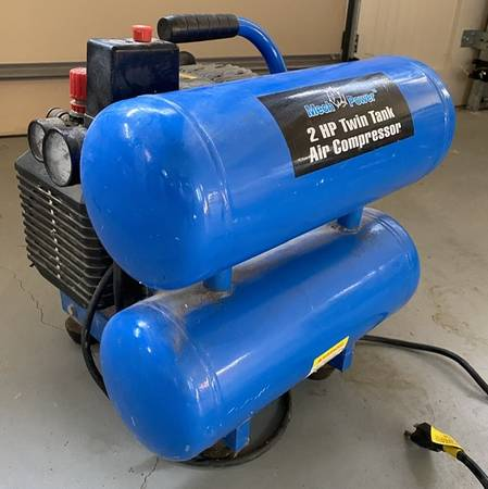 Photo mech power 2HP twin tank air compressor (Roswell)