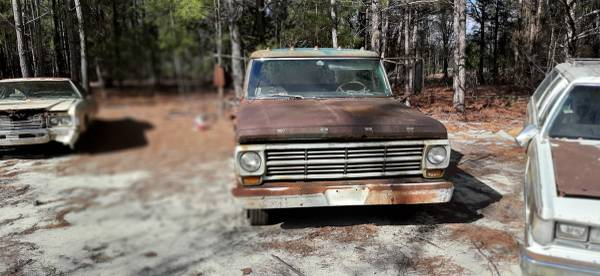 Photo 1968 Ford Dually - $1,300 (Wagener)